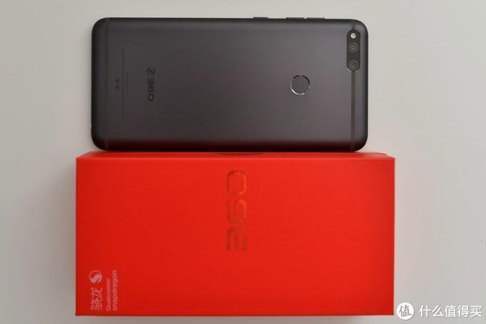 又大、又快、又持久,就是有点粗糙——360手机N7 评测