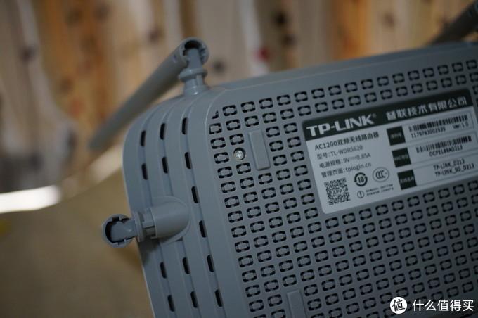 跟不上时代就只能被淘汰—TP-LINK WDR5620 路由器 开箱小测