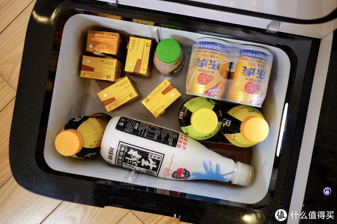 让酷热夏季在车上也能随时喝到冷饮:Indelb 英得尔 T20 车载冰箱开箱