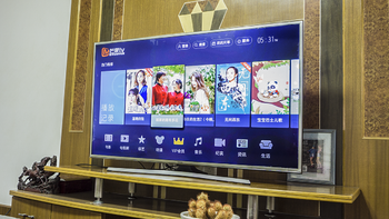 三星70A 55英寸 AI人工智能电视机:未来京东系家电的智能中控