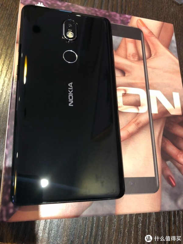 NOKIA 诺基亚 7 手机普通视角测评 及与360 N6 对比