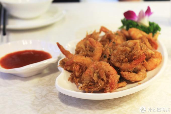 味友是厦门本地的连锁餐厅,在景区选这家没错,据说和在厦门岛内是一个价,这个虾最好吃,来个特写。