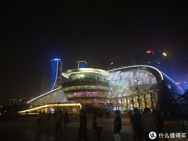 杭州美景,盖世无双—杭州5日游 篇八:谁说月是故乡明,他乡夜色亦撩人