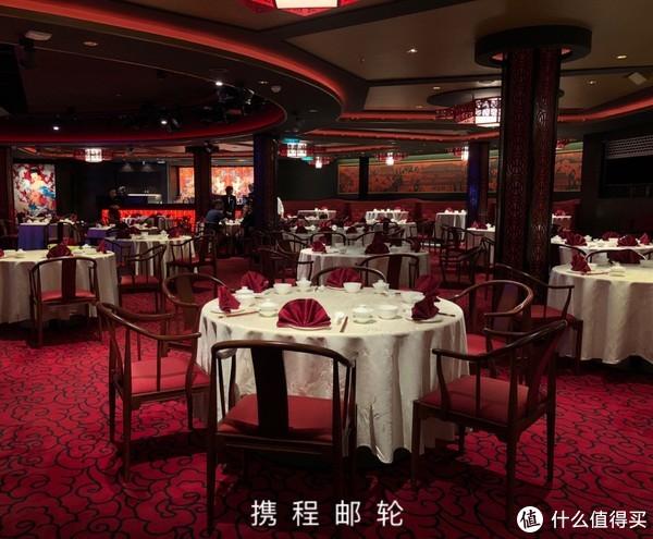 收费餐厅之一:丝路花舞餐厅