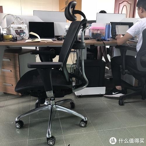 椅子的正坐角度