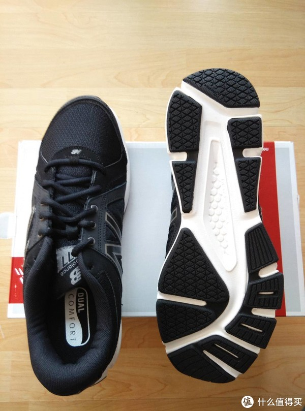 蜈蚣脚 篇一:New Balance mx577v2 男士训练鞋 开箱