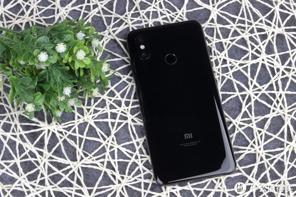 MI 小米8 智能手机 伪首发开箱简评