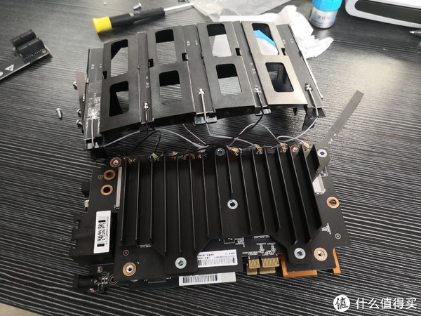 CPU主板+无线模块+8根天线