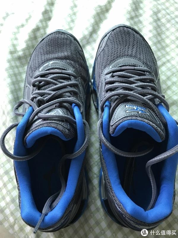 Mizuno 美津浓 WAVE PROPHECY 6  跑鞋 试跑体验