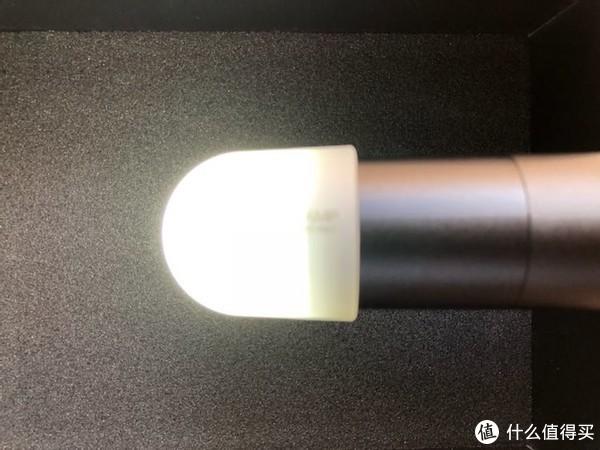 柔光罩不错,停电可以当灯用。