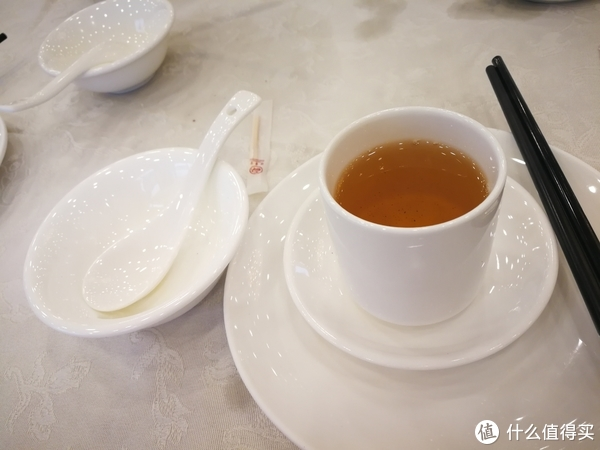 """吃到自己破产!记广州""""为食小分队""""广州特色早茶店线下体验之旅 篇三:得云宫"""