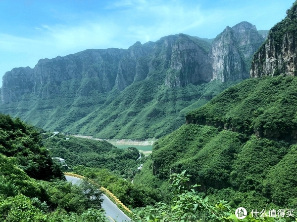 上茱萸峰的山路