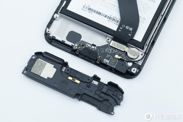 隐藏了一个线性马达没说,还能防水?MEIZU 魅族 魅蓝 6T 手机详细拆解图文