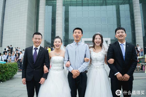 从民国风到中学生风再到婚纱风,毕业照如何拍才最有个性?