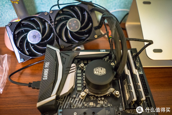 老爷机的新生,主力机的涅槃,虚拟机中的黑群辉——全家电脑系统改造升级实录