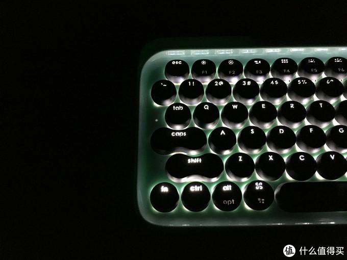 复古中的小清新?——京造机械键盘