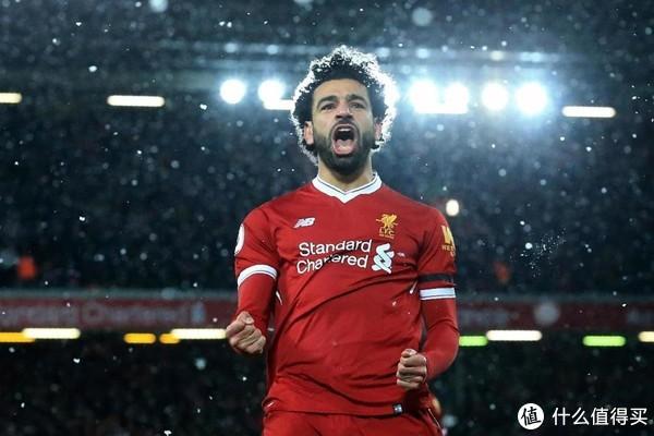 2017年,萨拉赫转会至利物浦后掀起风暴。2018年1月,萨拉赫当选2017年度非洲足球先生 。2017-18赛季,萨拉赫在英超打进32球,打破英超单赛季进球纪录,获得英超金靴的同时包揽了PFA、FWA、英超官方评选出来的三项赛季最佳球员,并帮助利物浦夺得欧冠亚军。
