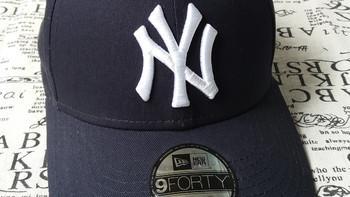 美职棒 59FIFTY 纽约洋基队红白棒球帽外观展示(logo|金属扣|帽型|刺绣|织带)