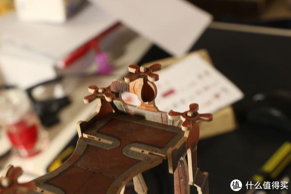 ▲浴缸飞起来必备道具,顶上的螺旋桨。