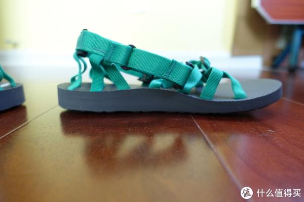 户外凉鞋也可以性感和可爱—Teva alp 男女户外凉鞋开箱