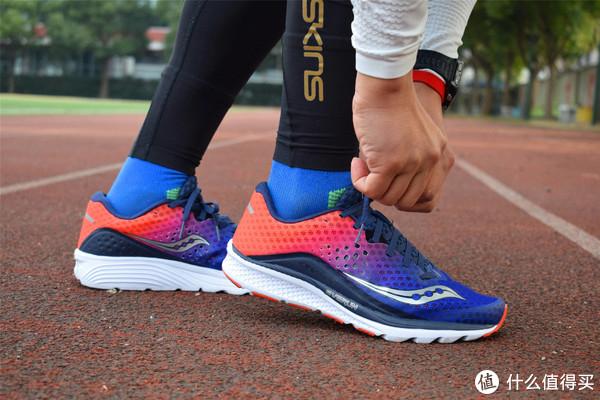 一个跑步六年的人来谈谈常用的三类跑鞋