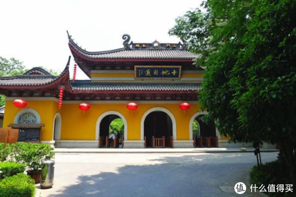 """明知西湖人山人海,还""""拿命""""打卡游客—抱歉,我不建议你来杭州旅游!"""