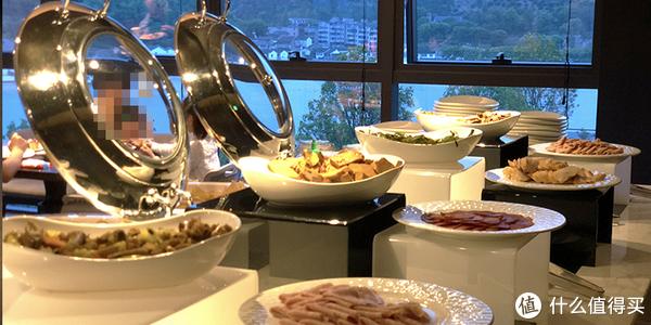 酒廊欢乐时光菜品