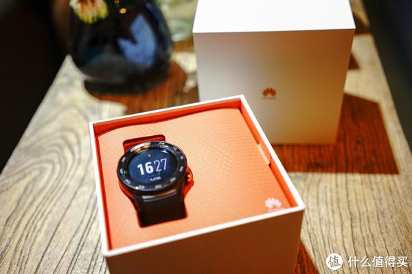 颜值与功能兼顾,科技感十足—HUAWEI 华为 WATCH 2 智能手表2018版评测