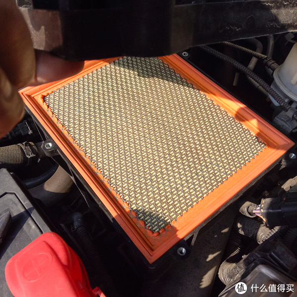 JS赚钱太容易,自己动手给爱车换空滤和空调空滤
