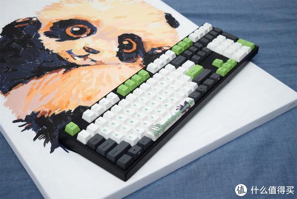 来自情人节的两只熊猫—Varmilo 阿米洛 熊猫版 机械键盘鉴赏