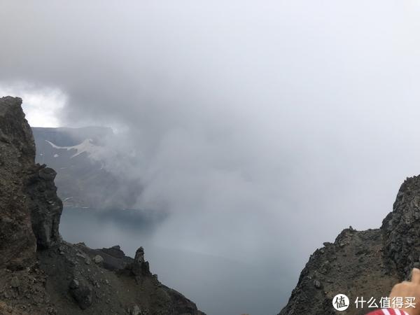 刚上山浓雾密布