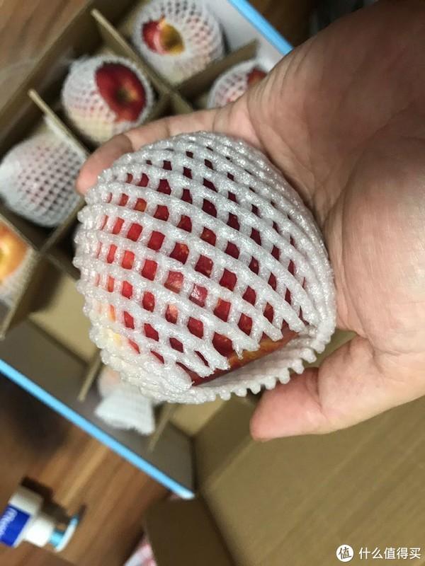 新西兰红玫瑰苹果16粒礼盒装开箱晒物试吃分享