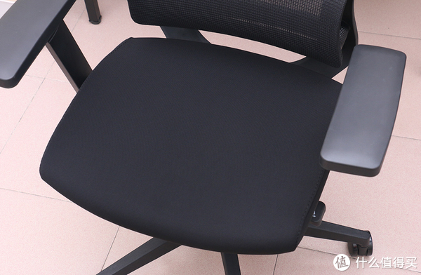 699能买到什么电脑椅?DBL 达宝利 DY101 人体工学椅开箱