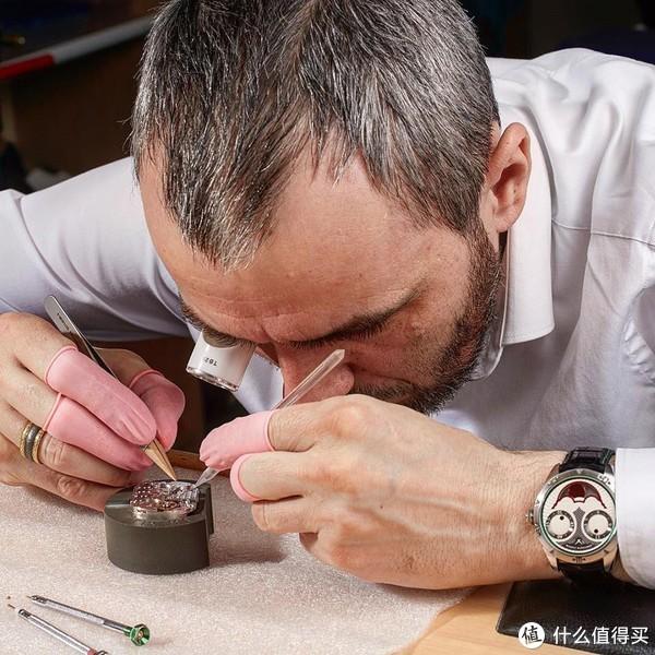 奔驰针、蚝式壳,今年世界杯官方手表竟然100元都不要就能买到!