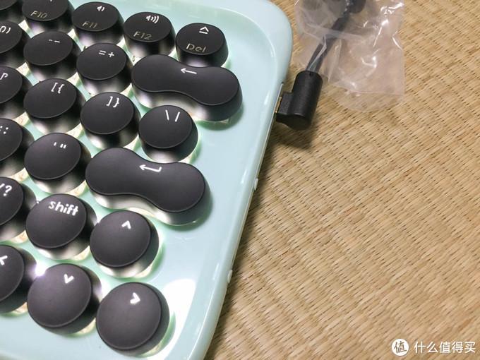颜值惊艳的的复古打字机——京造蓝牙机械键盘试用