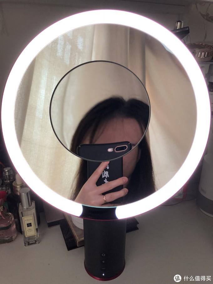 有了这款化妆镜,也许你就是下一个美妆博主——京造 智能感应化妆镜(妹子出镜)