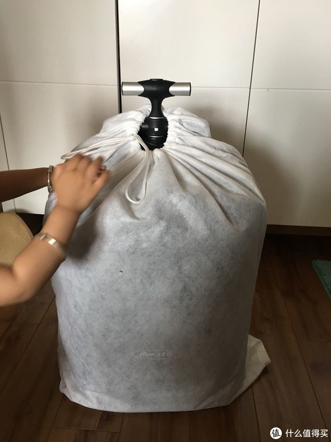 带娃旅行神器:瑞士 micro  lazy  luggage  儿童旅行箱 开箱记录