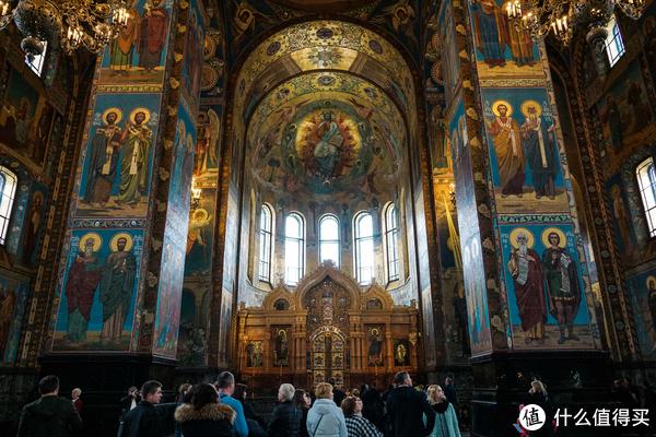 这两张图可以看出教堂内部结构