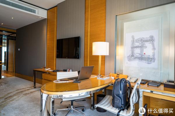 港澳两家四季酒店 (上) 香港四季 (Four Seasons Hotel Hong Kong)