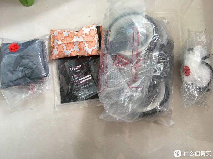 来看下其他组件,前轮,说明书,遮尘罩,水杯架和蚊帐,居然还有一包活性炭,再次赞下厂家的细节之处