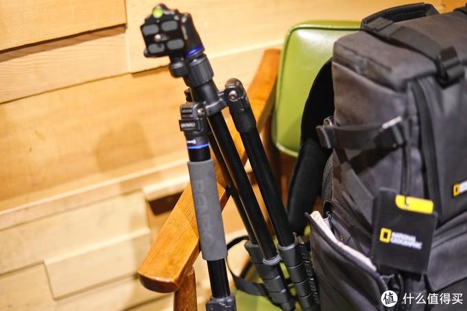 摄影爱好者看这里!你和舒适旅途之间就差一个「国家地理相机包」