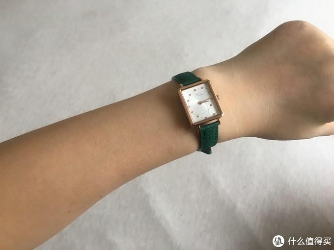 百元级手表做配饰,也能让时髦度up!JONAS&VERUS 唯路时 女表开箱(真人兽)