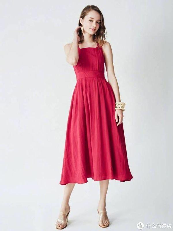 一件连衣长裙,夏天显瘦显高的必备单品!