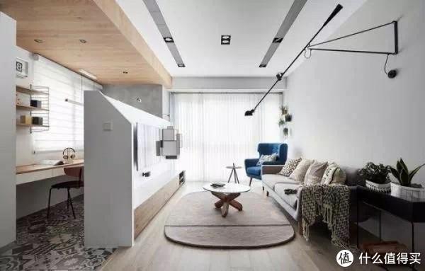 分区的同时,能让空间更为明亮通透,减少空间狭小带来的压抑感