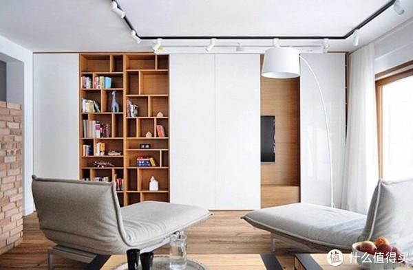 顶天立地式的收纳柜,充分利用空间