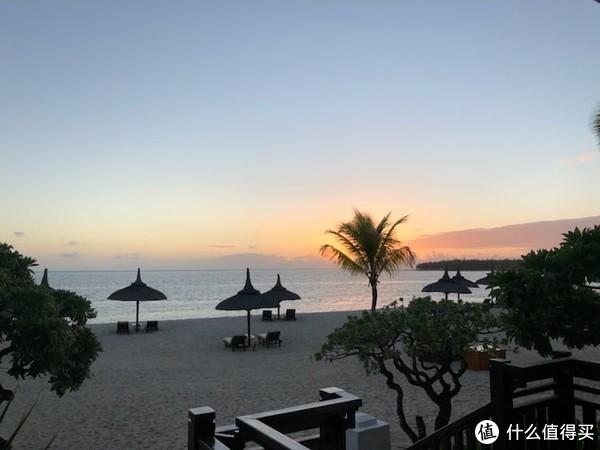 吊着胳膊也要玩的毛里求斯&迪拜的蜜月旅行