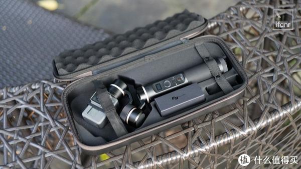 飞宇 G6 手持云台测评:1299 元,防水遥控样样能干