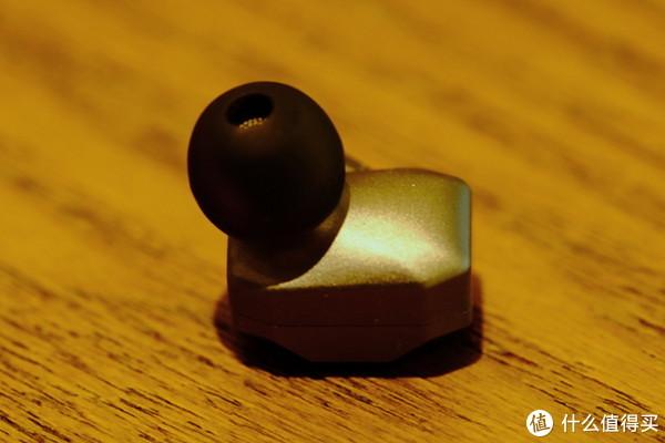 棱角分明的五单元动铁耳塞 — 阿思翠 Delphinus5 听感分享