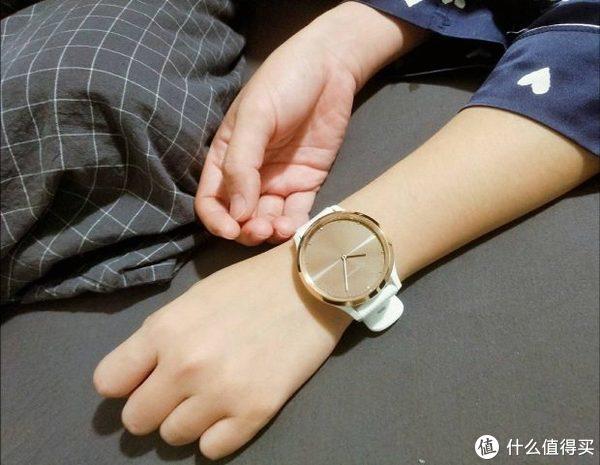 Vivomove HR智能腕表