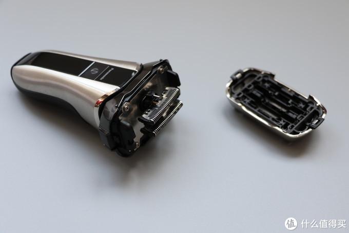 性能与颜值并驾齐驱—Panasonic 松下 ES-CV70 电动剃须刀体验
